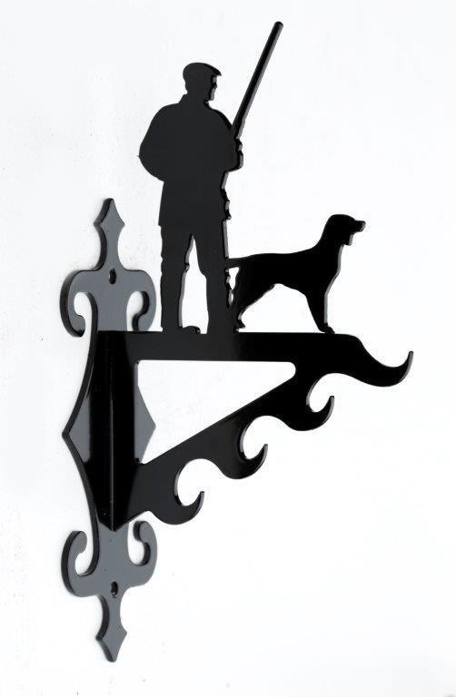 Vildtkrog-Jaeger-m-hund-4-kroge