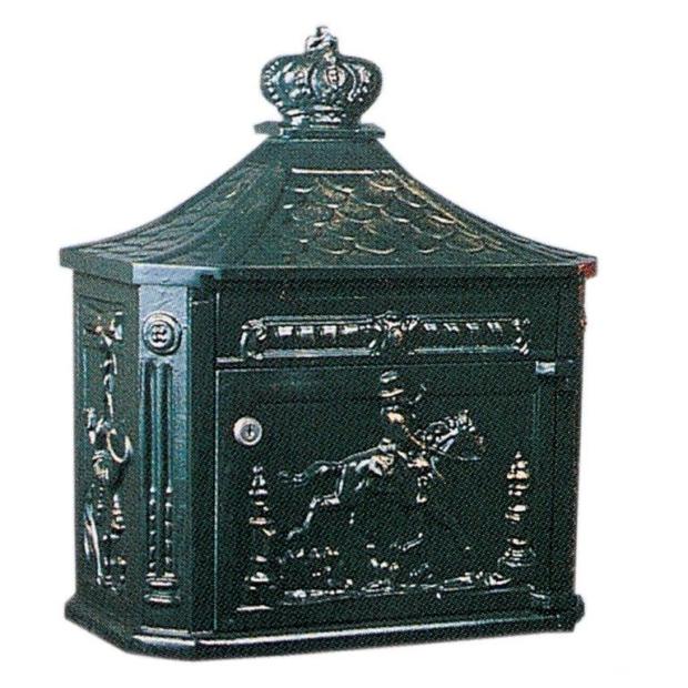 Postkasse B4, væghængt. Engelske postkasser. Klassiske postkasser. Mørkegrøn, sort